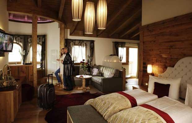 Almhof Hotel Call ****s – benessere e sport a San Vigilio di ...