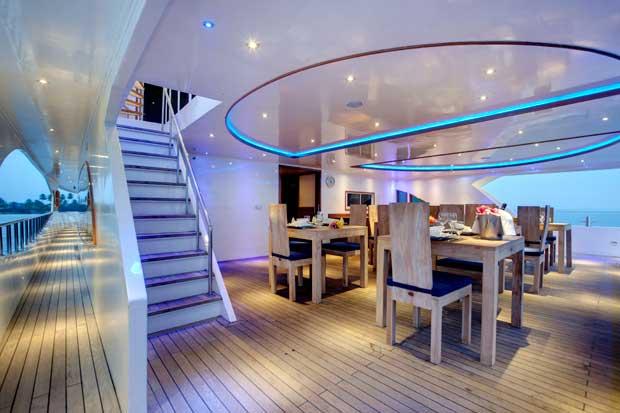 Crociere alle maldive su yacht di lusso albatros top boat ...