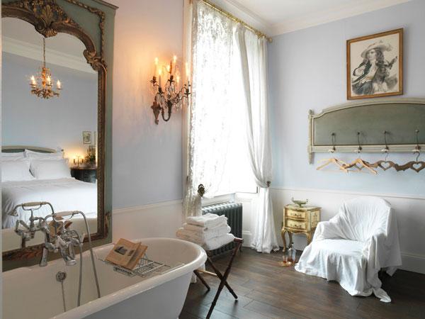 Arredare la casa in stile shabby chic viviconstile - Casa stile romantico ...