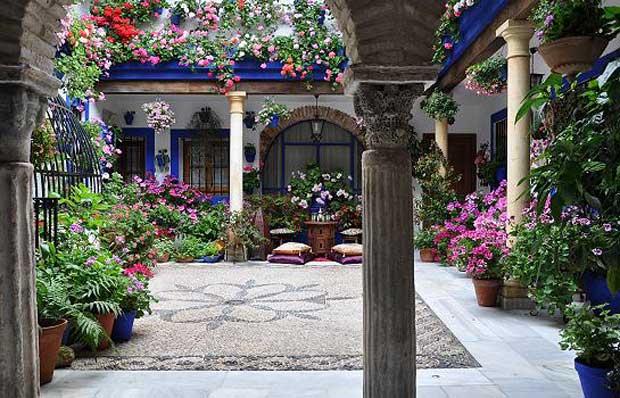 Il festival dei patii in fiore a cordova in andalusia - Imagenes de patios andaluces ...