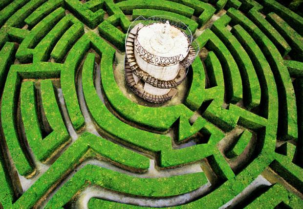 Cinque labirinti da visitare almeno una volta nella vita for Giardino labirinto
