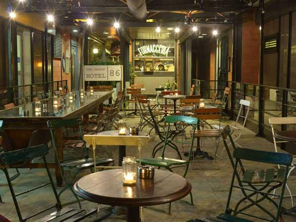 Arredamento ristorante vintage timone in legno cm for Arredamento vintage roma