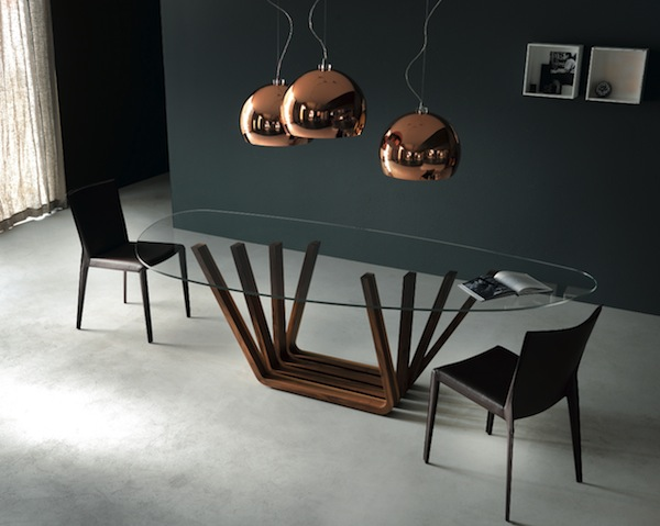 Novit di design il tavolo in cristallo di cattelan for Tavolo cristallo design